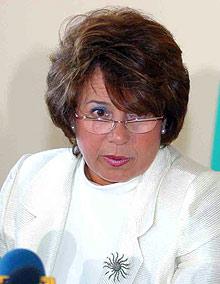 Масларова: Да има санкции при установени нарушения при доставянето на закуски в училищата