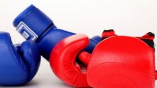 Севда Асенова стартира с успех на Световното по бокс