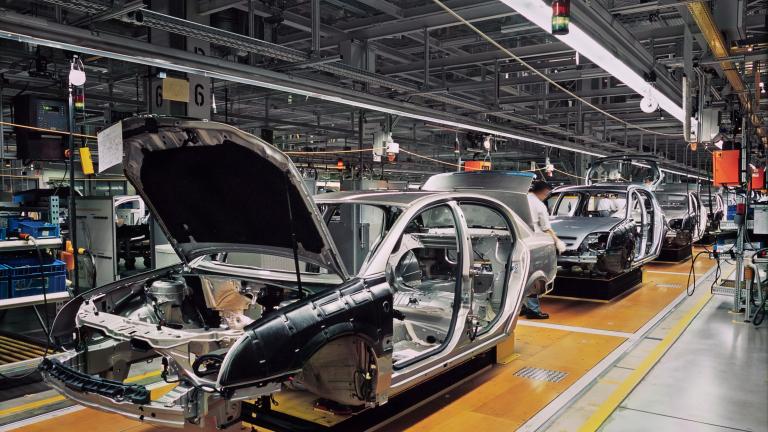Наш завод за коли – предизвикателство пред автомобилната ни индустрия