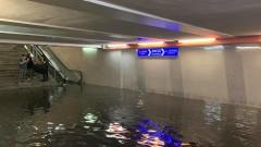 Порои потопиха София, Перловската и Владайската река излязоха от коритата си