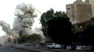 """Микробус избухна до хотел в """"Палестина"""" в Багдад"""