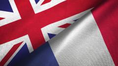 Скандалът с подводниците провали среща на военните министри на Франция и Великобритания