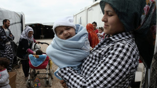 Мигранти от лагер край Солун се разбунтуваха