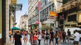 Половината гръцки домакинства остават зависими от пенсиите