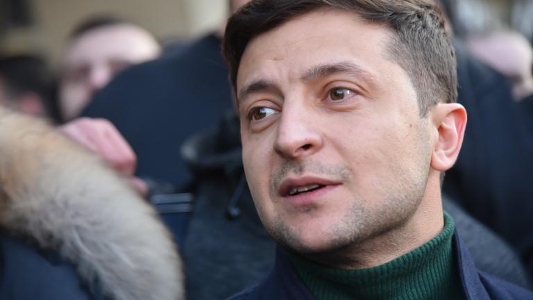 Снимка: Комик води в допитванията за президентските избори в Украйна