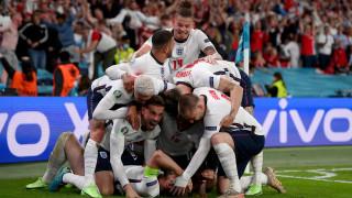 Край на прокобата! Англия е финалист на Евро 2020 след здрава битка с Дания и лека съдийска помощ