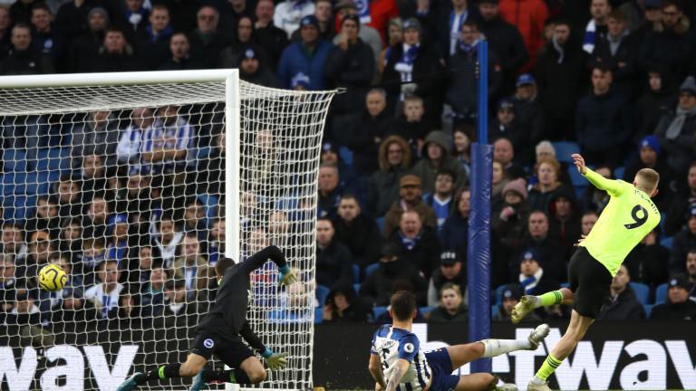 Новакът Шефилд Юнайтед постигна трета поредна победа в Премиър лийг