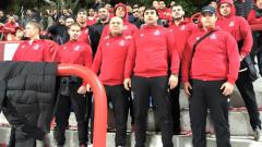 Феновете на ЦСКА събличат Цимбика