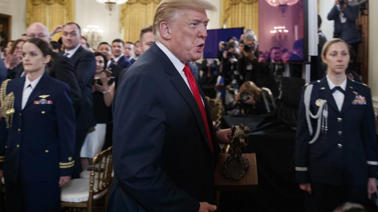 Тръмп се опитал да уволни Мълър през 2017 г.