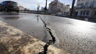 Асфалтът на Лъвов мост се напука, Фандъкова нареди проверка