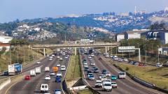 """Бъдещето на пътищата: """"Умни"""" магистрали сами ще подават сигнал при катастрофа"""