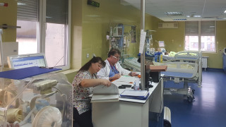 Пирогов приема деца с усложнения от грип от цялата страна