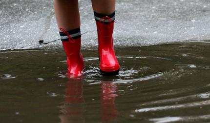 Започват валежи в цялата страна