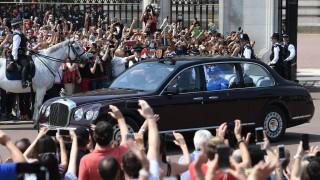 """""""Най-доброто споразумение"""" за Брекзит - приоритет на кабинета, обяви Елизабет II"""