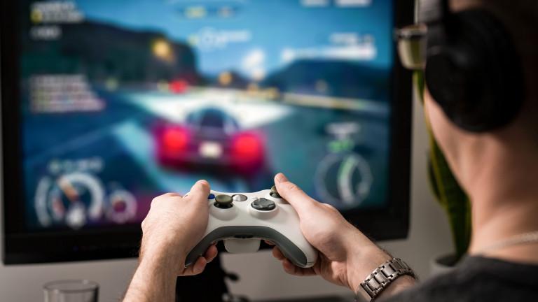 Акциите на компаниите за игри в Китай се сриват след ограниченията за младите геймъри