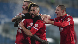 Едно, но не на мъка... А Левски изигра мача си в Европа - по български
