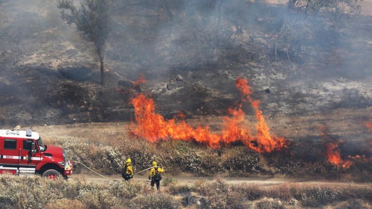 Голям пожар избухна между харманлийските села Българин и Рогозиново, и