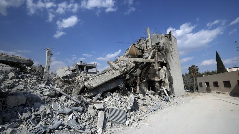 Братовчед на Асад: САЩ и Русия са координирали ударите