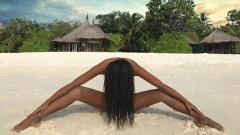 Николета Лозанова се разчекна на Малдивите