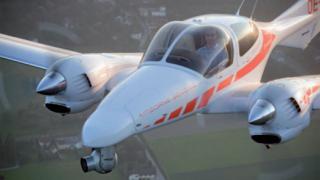 Двуместен швейцарски самолет се разби в Швеция