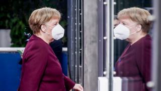 Меркел: Чакат ни тежки месеци, стойте вкъщи
