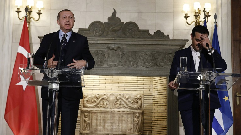 Гърция гневно отхвърля предложената от Ердоган размяна на военни