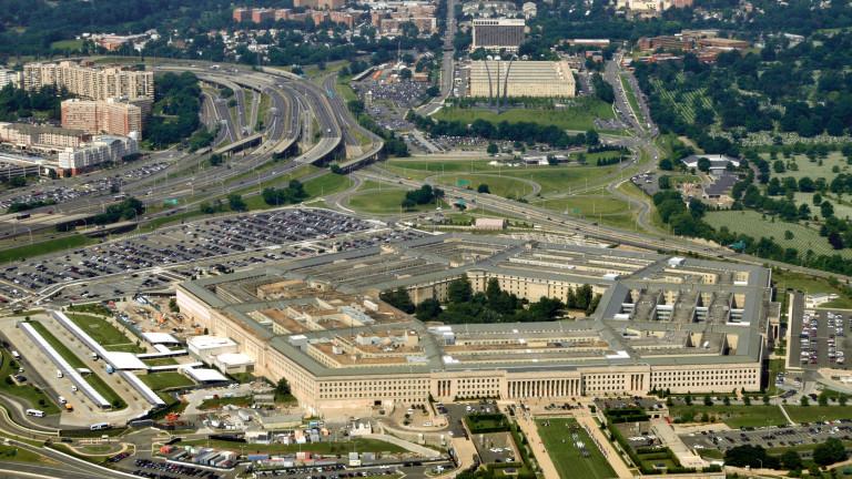 САЩ праща военни самолети с 200 респиратора за Русия