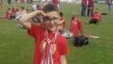 Фенове на ЦСКА събират средства в помощ на дете