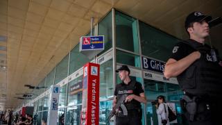"""Арестуваха още 11 заподозрени за атентата на летище """"Ататюрк"""""""