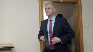 Никой не слуша какво говори Радан Кънев, намекна Лукарски