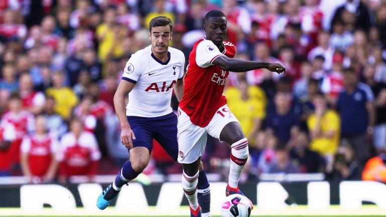 Легендарният нападател на Арсенал Нванкво Кану смята, че защитниците във