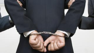 Арестуваха двама от Кърджали заради измама за 100 000 лева