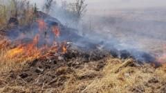 Локализираха пожара в село Поповица