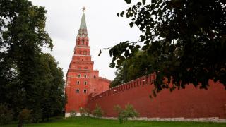 Емирът на Катар е в Москва