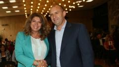 Заявката на Радев за втори мандат намалява неопределеността в българската политика