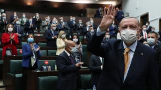 Ердоган отново гледа към Сирия: Турция има право да действа срещу бойци в освободените граници