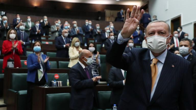 Турският президентРеджеп Ердоган заяви в сряда, че Турция има законното
