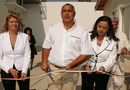 Борисов преряза лентите на 3 пречиствателни станции