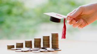 Спираме изтичането на мозъци с по-големи стипендии за докторанти