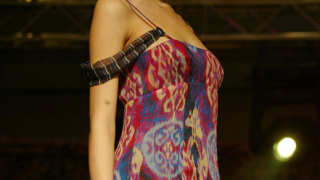 Elle представи модните тенденции за пролет-лято 2008 (галерия)