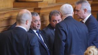 Сидеров поиска оставката на Симеонов, Властта съвсем се оплете с разходите за тол системата