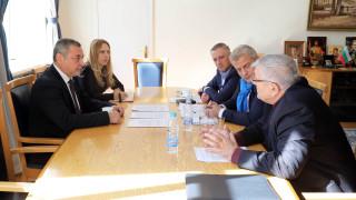 Симеонов обсъди с реформаторите промени в закона за енергетиката