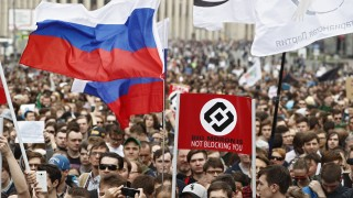 Хиляди на протест в Москва срещу интернет ограниченията