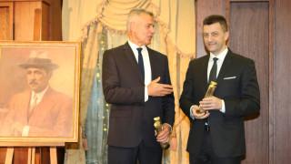 """Петър Андронов и Красимир Дачев взеха наградите на фондация """"Буров"""""""