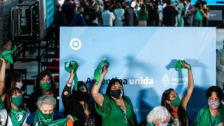 Аржентина легализира абортите