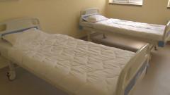 Засега шефът на болницата в Сопот остава на поста си