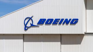 Директорът на Boeing няма да получи значителна част от възнаграждението си за 2019 година