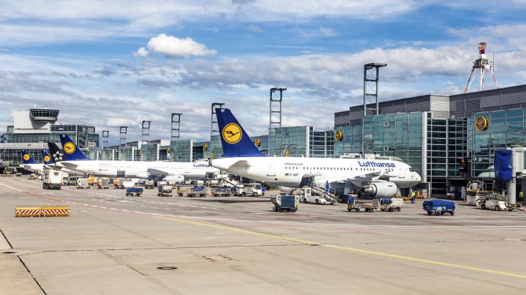 Най-голямата авиокомпания в Европа спира 95% от полетите, за да спаси бизнеса си