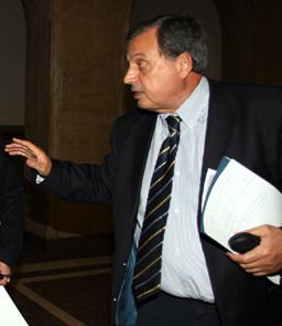 Бизнесът се противопостави на Първанов за пенсионната реформа