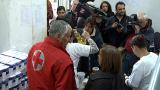Пострадали при бедствия получават хранителни пакети